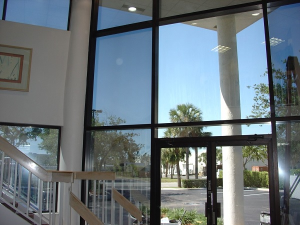 3 Benefits of Using Tint for Residential Homes