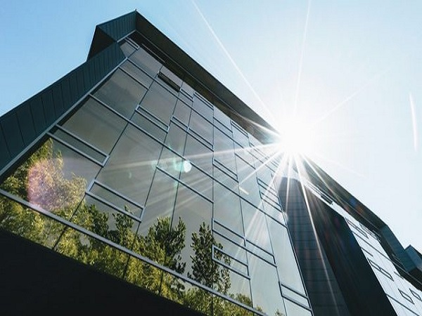 How Do Customers Benefit From Your Commercial Window Tint