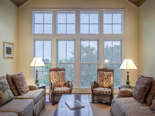 The Benefits of Window Tinting for Your Home and Office Place
